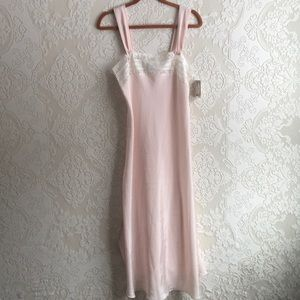 New vintage Christian Dior nightgown small pink